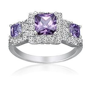 Square amethyst wedding rings for a Miami wedding - The Wedding Specialists