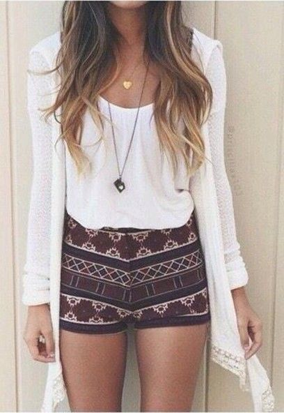 summer outfits pattern print short shorts cardigan