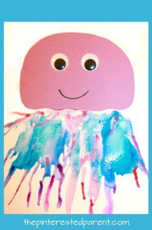 Blow malovat tvory printables - to je takový zábavný způsob, jak pro děti malovat.  Make medúzy, jednorožec, lev, motýl nebo páva.  Umění a řemesla pro děti a děti v předškolním věku.