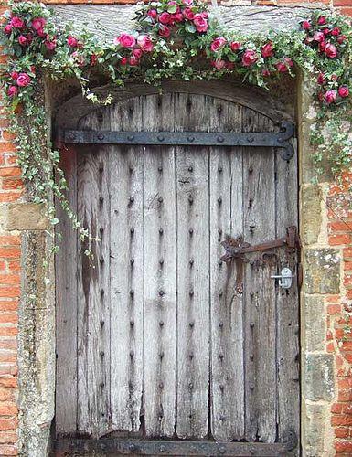 Best 25 Flower garland wedding ideas on Pinterest Floral