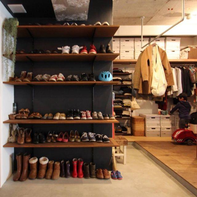 Asamiさんの、Entrance,DIY,みせる収納,フェイクグリーン,土間,リノベーション,バンカーズボックス,男前,無印良品かご,土間玄関,パイプウォールラック,中古マンションリノベーションについての部屋写真