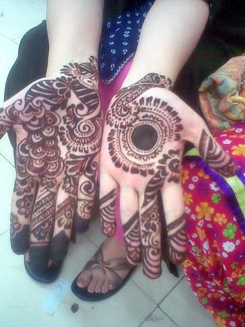 Latest Mehndi Designs | Latest Mehndi Designs For Hands 2012-2013