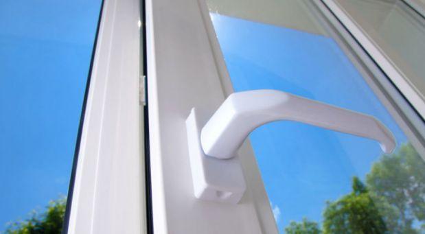 Pokud máte doma plastová okna, určitě si přečtěte TOHLE. Důležité věci, o kterých jste nevěděli!