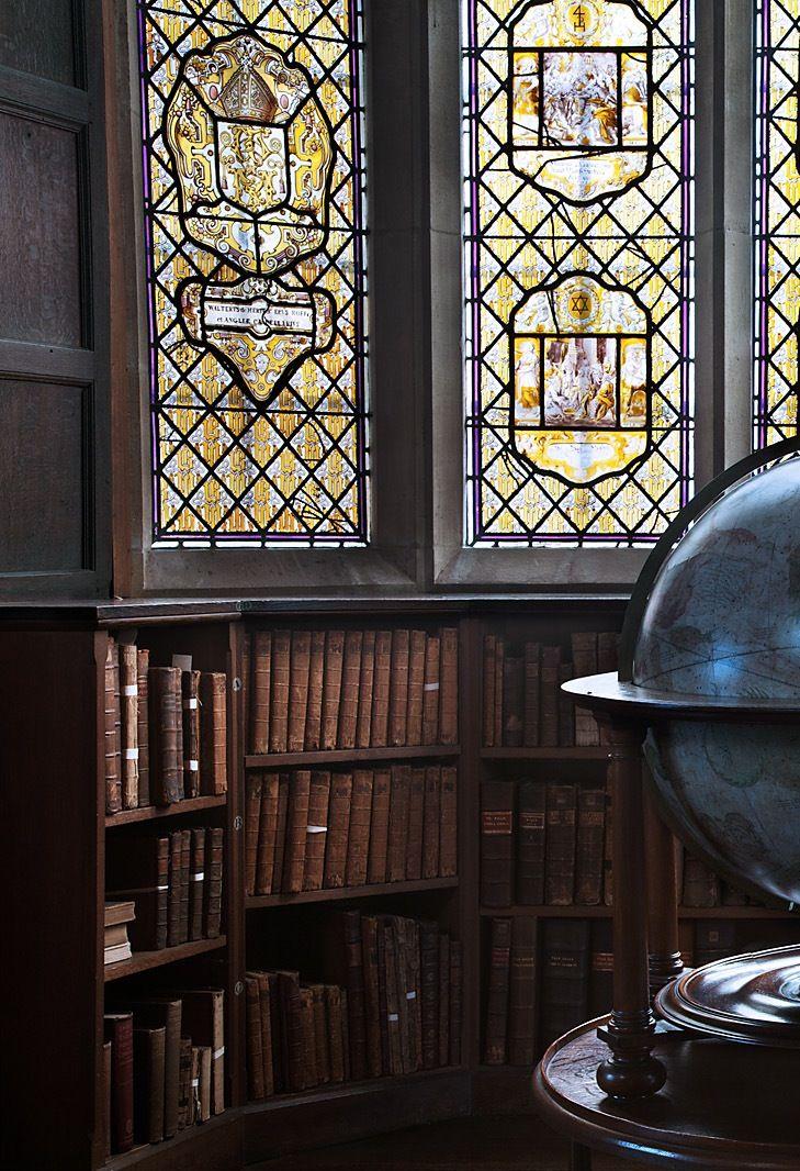 "1900anticuariomoderno: ""theladyintweed: ""Beautiful Libraries: "" Merton College, Oxford. "" "" Merton College, Oxford """