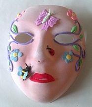 Kinderfeestje Masker beschilderen met aqua pigment en versieren met silk clay http://evelinashobbyboetiek.nl/index.php/ct-menu-item-7