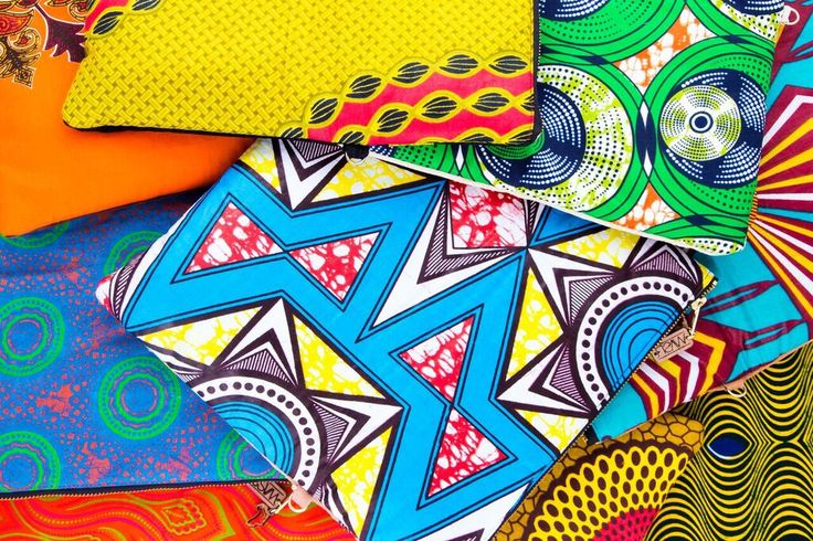 Sacs WeAllShareRoots - Pochette éthique, ethnique et chic en cuir et tissu Africain ! #LatestAfricanFashion #AfricanPrints #Africanfashion #Africanstyle #Africanclothing #AfricanBags #Pochette #clutch #modeéthique  #shweshwe #wax #slowfashion #WeAllShareRoots
