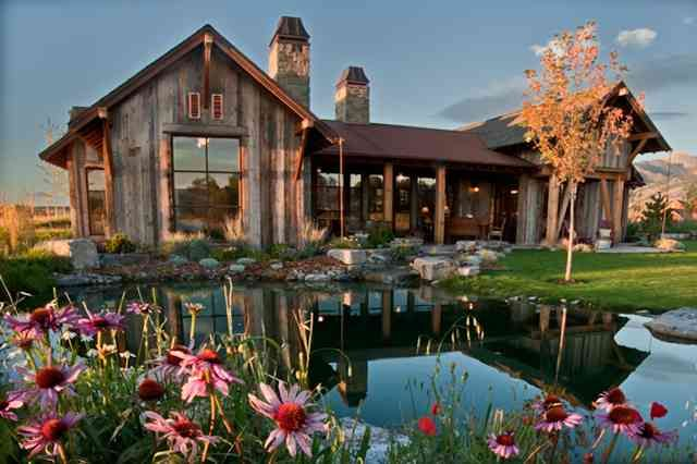 Lovely Montana reclaimed timber home designed by Locati Architects.