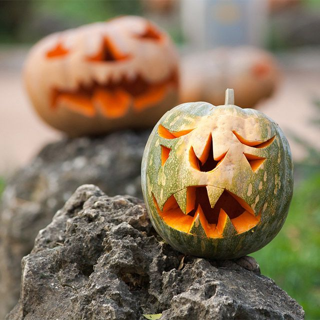Need some unique pumpkin carving ideas? Browse our list of Halloween pumpkin carving resources....#PumpkinSeason