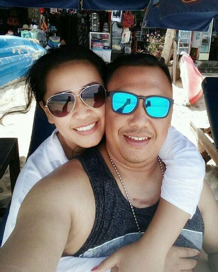 With you @yuliantoariwibowo  Berapa tahun yg kamu butuhkan untuk ketemu pasangan hidup mu?? Semua Rencana Tuhan.. Seperti kita.. #Bali -16052017-  #Indonesia  #Romantic #Wefie #excotic  #JustMarried http://gelinshop.com/ipost/1516060353007793743/?code=BUKINvPFTZP