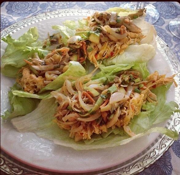 Sascha Barboza @Sascha Barboza 11h Idea para cena: taquitos hechos con lechuga en lugar de tortilla y pechuga desmenuzada con verduritas(sin aceite)