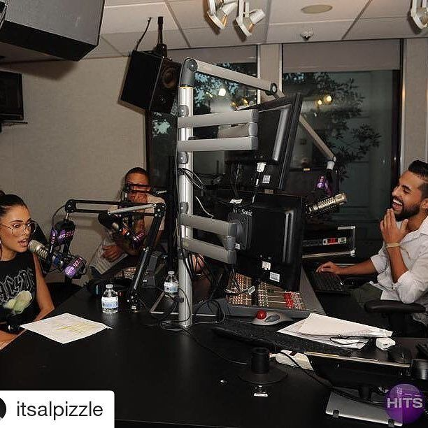 Credit to @itsalpizzle  Vibing w/ my girl @madisonbeer before I made her cover #Despacito after she clearly told me she speaks 0% Spanish.  (#RideAt5 Mix then on the 7pm-12am on @HITS973) #MadisonBeer    #HollywoodTapFL #HollywoodFL #HollywoodBeach #DowntownHollywood #Miami #FortLauderdale #FtLauderdale #Dania #Davie #DaniaBeach #Aventura #Hallandale #HallandaleBeach #PembrokePines  #Miramar #CooperCity #Plantation #SunnyIsles #MiamiGardens #NorthMiamiBeach #Broward