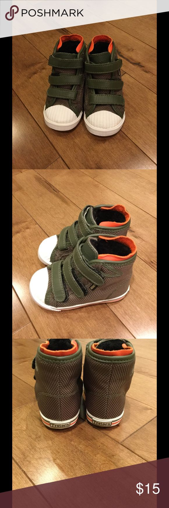New Tretorn kids/toddler boots Brand new never worn Tretorn toddler high top boots (fleece inside). US toddler size 6. Tretorn Shoes Boots