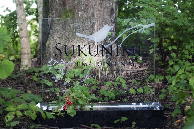 Lasinen hautakivi (malli Sade-Y) Glassy memorial stone /  Grave stone glass (model Sade-Y)