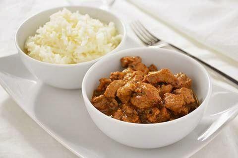 CURRY DI AGNELLO  La ricetta del curry di agnello è facile e molto saporita. Il curry di agnello è una sorta di spezzatino super speziato che ha tutti i profumi dell'India. Il curry di agnello può essere un secondo piatto o un perfetto piatto unico se accompagnato da una ciotola di riso al vapore.  #lacucinaimperfetta #ricette #recipes #secondipiatti #curryrecipes #curry
