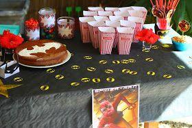 Anniversaire batman spiderman super héros superhéros gateau cake fête facile