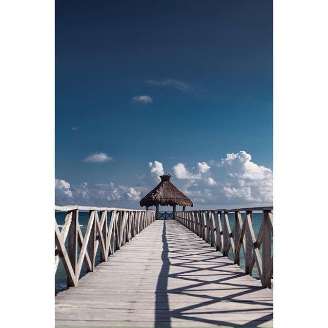 #landscape #sea #paisaje #mar #muelle #playadelcarmen #fotografocolombia #photomoro #picoftheday