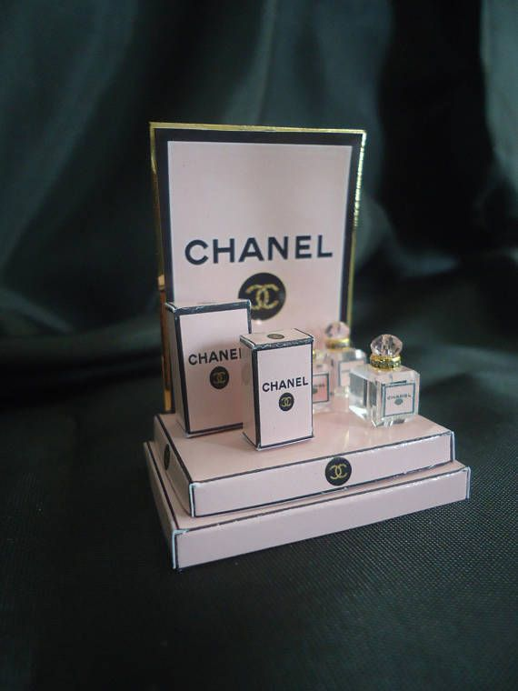 Perfume shopdisplay Chanel Pink 1/12th scale