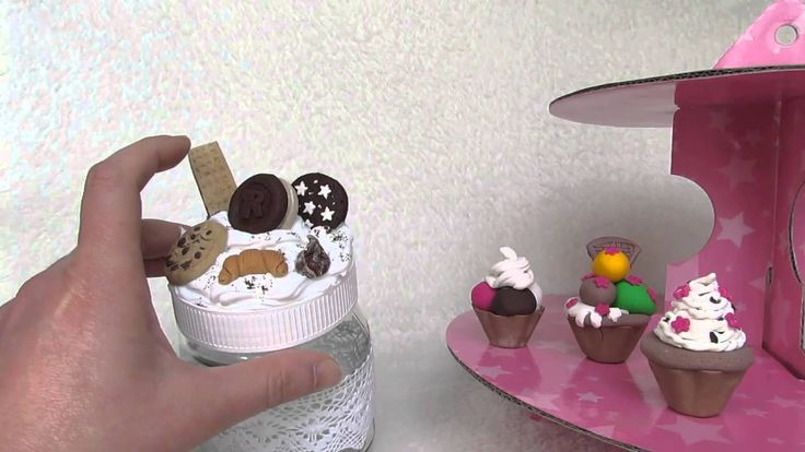 Barattolo Nutella riciclato e abbellito con biscottini in fimo e panna in silicone. Per informazioni >> https://www.youtube.com/watch?v=je3Myhl51Yk&list=UURr2L9t0hDRxIzmM8RR5n7w ______________ Nutella jar recycled polymer clay and embellished with cookies and cream silicone. For information >> https://www.youtube.com/watch?v=je3Myhl51Yk&list=UURr2L9t0hDRxIzmM8RR5n7w