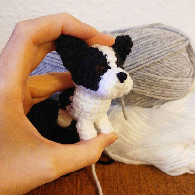 Eine Mini französische Dogge ❤ . . #doglover #häkelhund #französischebulldogge #frenchbulldog #crochet #häkelliebe #niggyarts #bulldog #amigurumi #bulldoglovers #handmade #instacrochet #kawaii #cute #puppy #welpe #bulldogpuppy