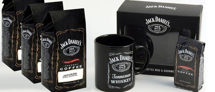 Jack Danielsladestilería y marca dewhiskeyestadounidense deTennesseefundado en 1866.El whisky Tennessee es filtrado encarbóndearce sacarino, dándole un sabor y aroma distintivos. Ahora esta marca acaba de sacar al mercado su café gourmet, se encuentra disponible virtualmente en la tienda de Amazon y este viene con un kit especial con el café, taza con el respectivo logotipo … … Sigue leyendo →