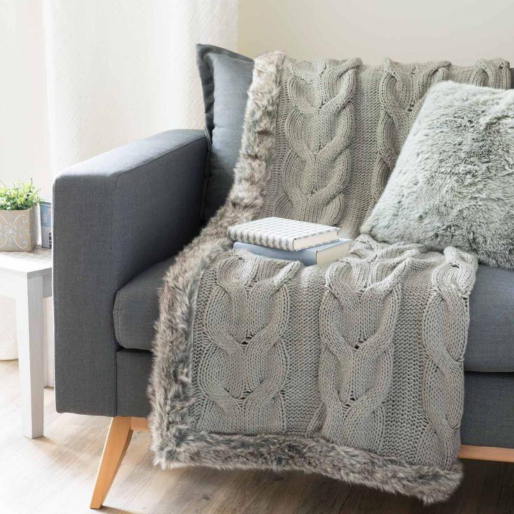 Plaid in tessuto lavorato a maglia e simil pelliccia grigio 125 x 150 cm COPENHAGUE