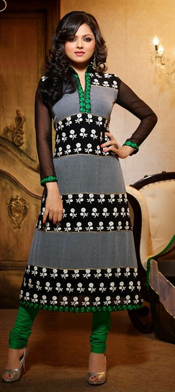 405558, Bollywood Salwar Kameez, Faux Georgette, Machine Embroidery, Black and Grey Color Family