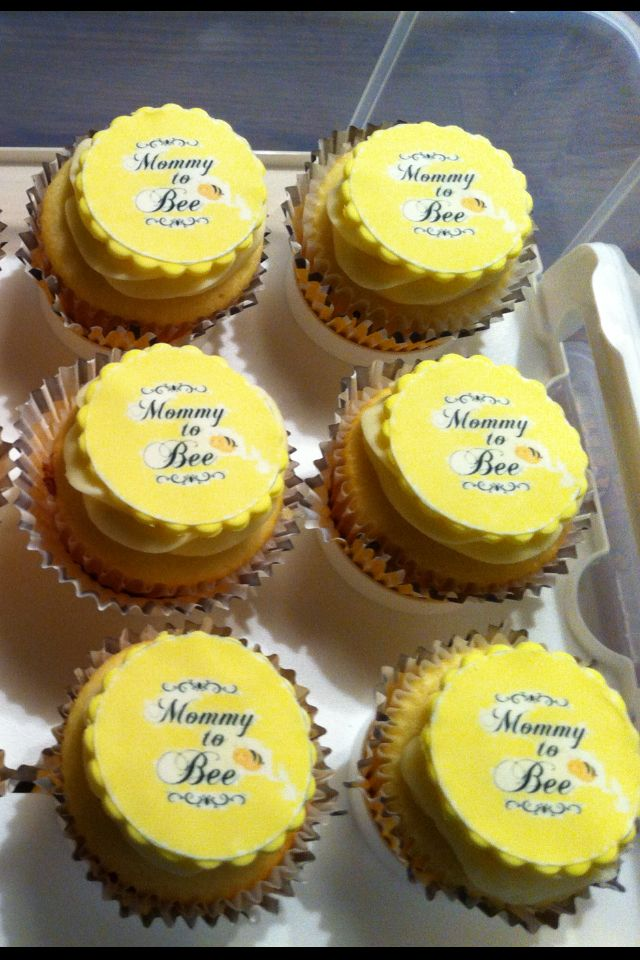 Mommy to bee cupcakes