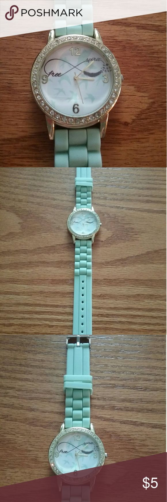Rue 21 free spirit mint watch Doesn't work, needs a new battery  Very beautiful though Accessories Watches