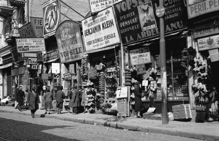 Shopping street, April 1932