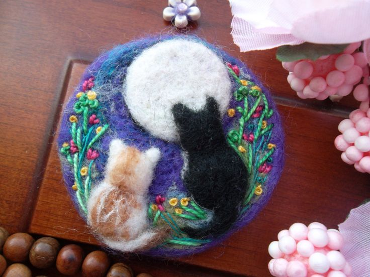 33 best needle felted fluffy wonders images on pinterest needle needle felted brooch tiny cat kitten embroidered easter jewelry art felt brooch birthday easter gift for negle Images