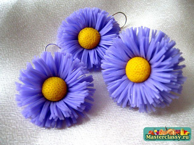 tutorial for fringed flowers.  #Polymer #Clay #Tutorials