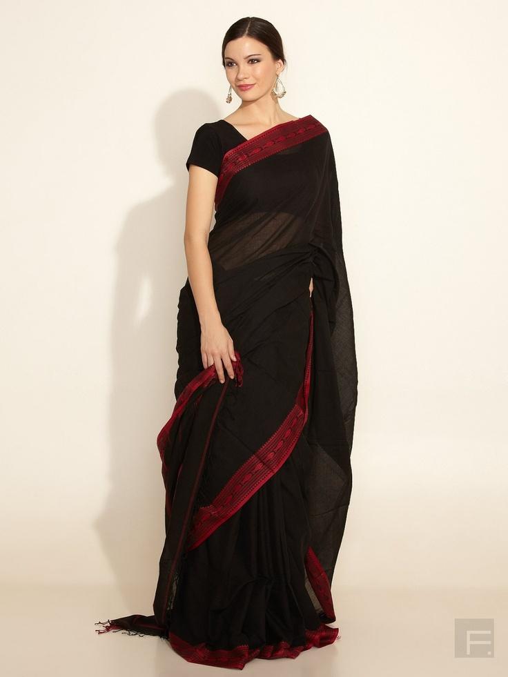 Fabindia Black Saree. It's so simple, yet gorgeous.