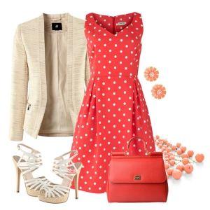 С чем носить белые босоножки: красное платье в горошек, белый пиджак и красные аксессуары