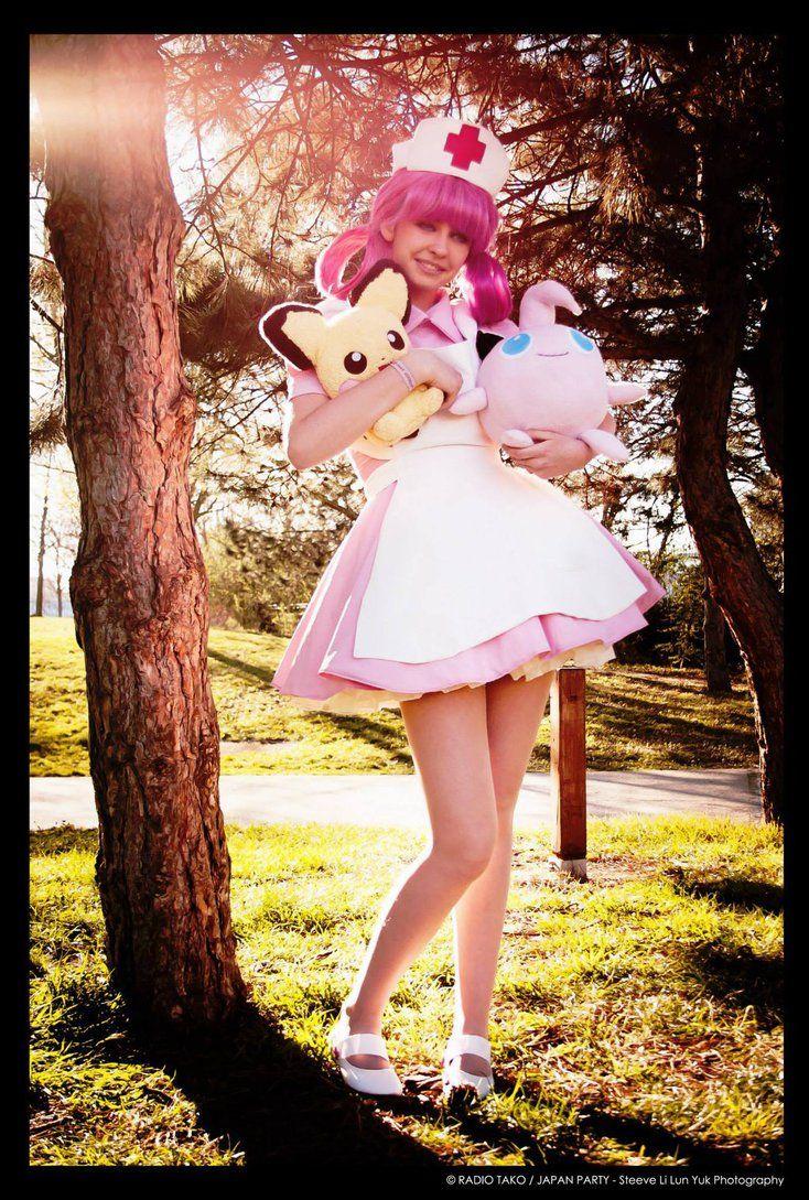 """Schwester Joy aus """"Pokémon"""""""