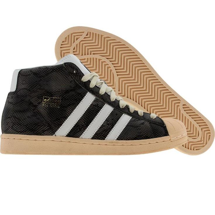 d906ba72a77 adidas pro model black gold 3a63a8f0b0dd03bcc166101974632685