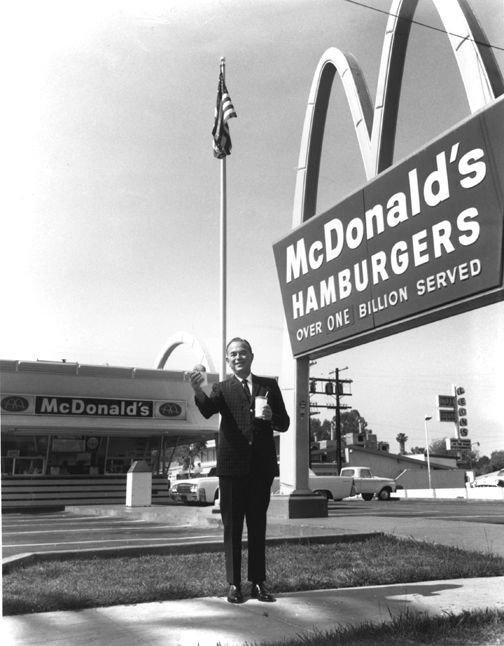 Ray Kroc outside the Des Plaines, Illinois restaurant ...