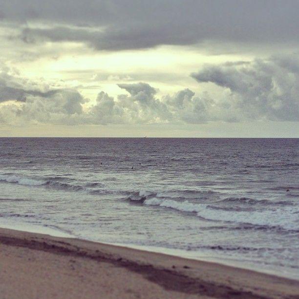 Huntington Beach photo by @happymundane on Instagram