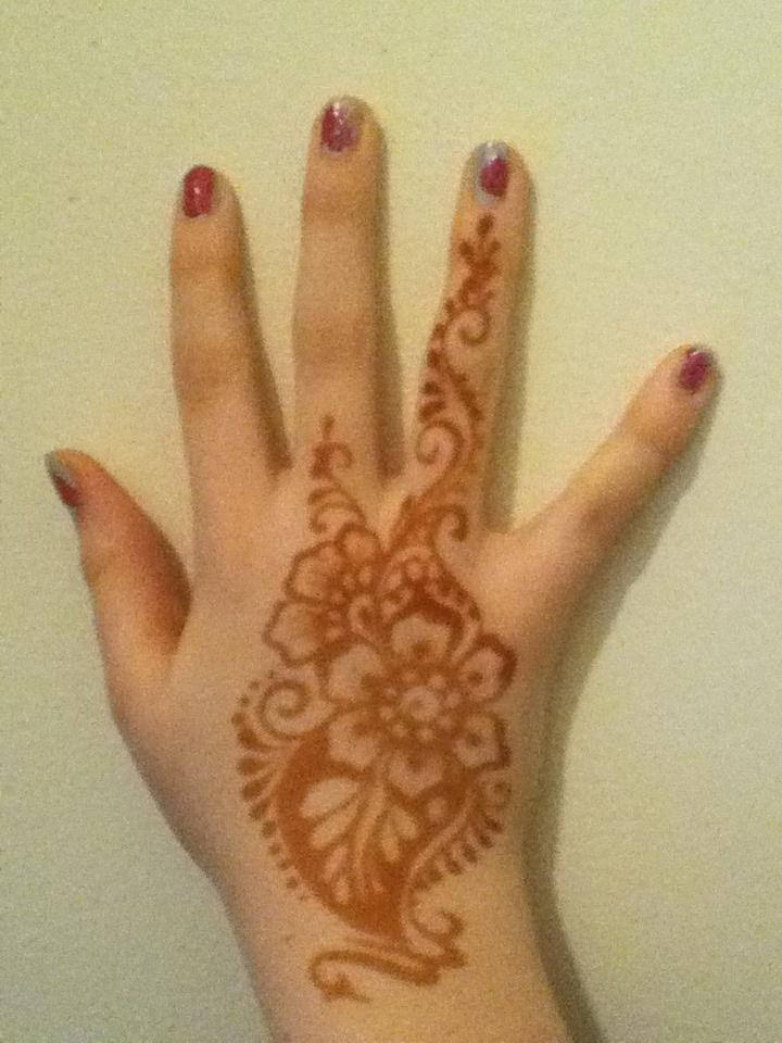 17 beste afbeeldingen over hena op pinterest henna hindoes en sacramento. Black Bedroom Furniture Sets. Home Design Ideas