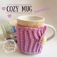 copritazza uncinetto http://www.lodicolofaccio.it/2016/12/cozy-mug-copritazza-uncinetto-tutorial.html