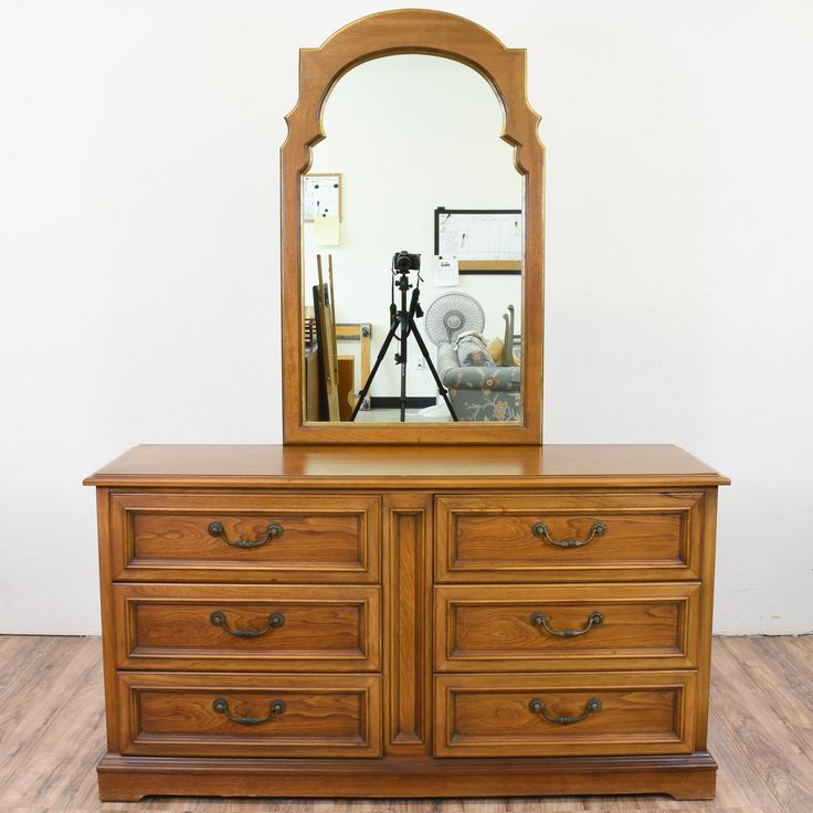 drexel bedroom set%0A This traditional dresser was crafted by   Drexel    The dresser features    drawers