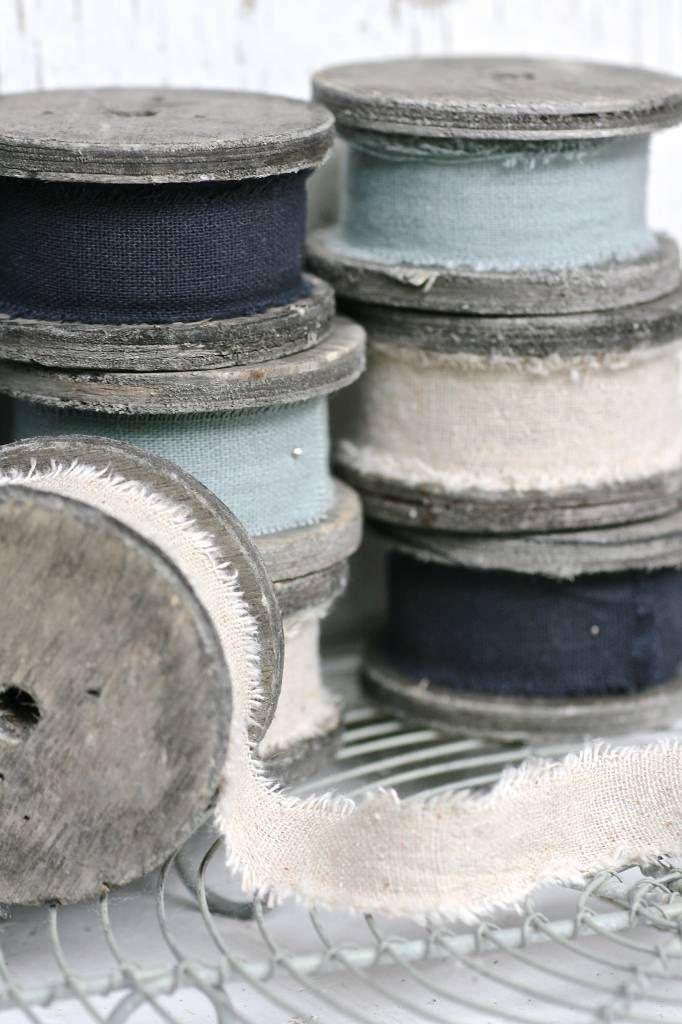 East+of+India+Houten+klos+met+linnen+3+meter,+grijs-blauw