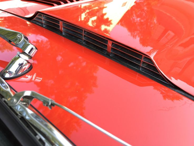 Restored 1967 Jaguar XKE Roadster This 1967 Jaguar XKE is a Series I roadster th…