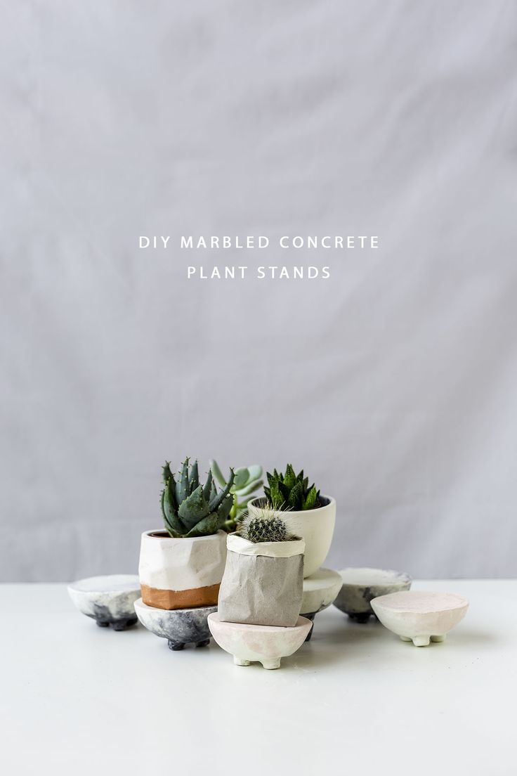 DIY Marbled Concrete Planter Stand Tutorial | @fallfordiy