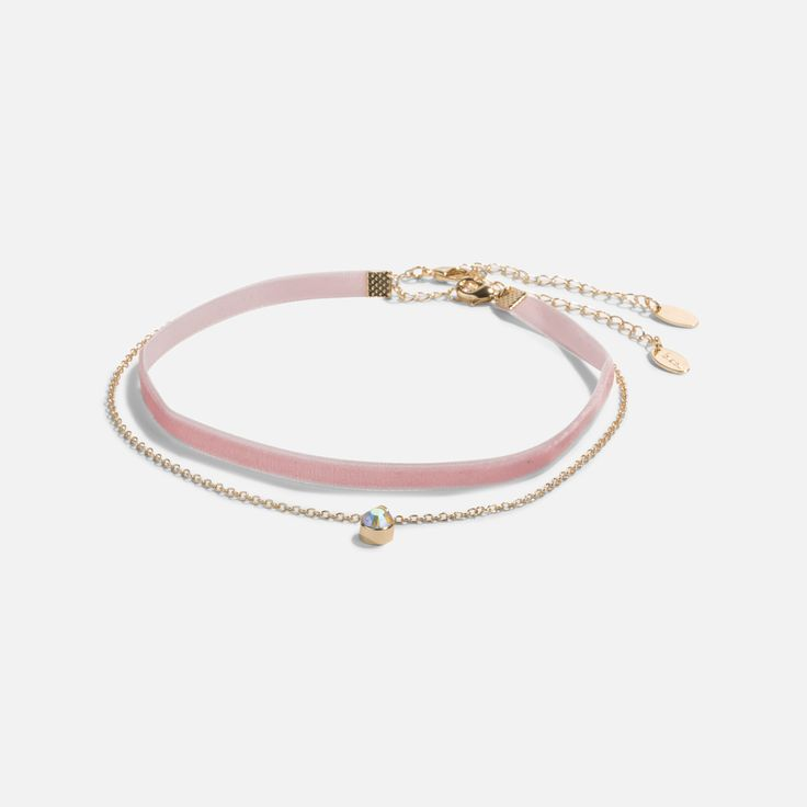 Who said a choker couldn't be pink?