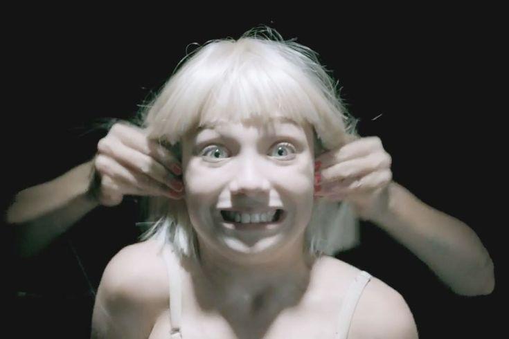 VIDÉO - Avant le clap de fin, la jeune prodige est de retour dans le nouveau clip de la chanteuse australienne Sia.
