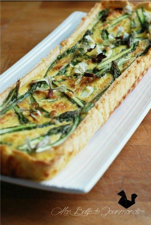 Tarte aux asperges vertes et au parmesan