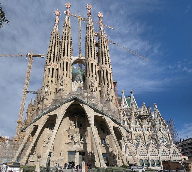 Gaudi's la Sagrada Familia has stunning architecture