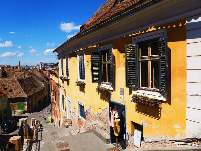 https://irinaiacobblog.wordpress.com/2017/08/13/24-hours-in-sibiu/  #travel #blogger #discover #romania #sibiu