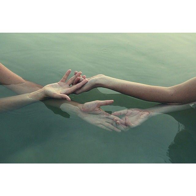 hands. photo by @Allison j.d.m j.d.m j.d.m D HEARTS (yenny seo)