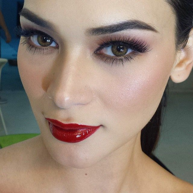pia wurtzbach on her road to miss universe 2015 http://pageantsnews.com/pia-wurtzbach-on-her-road-to-miss-universe-2015/
